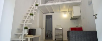 Superior studio loft with mezzanine in Calle Troya, Spain ...
